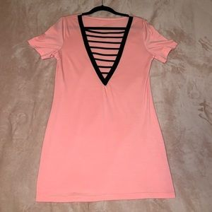 Dresses & Skirts - Pink t-shirt dress